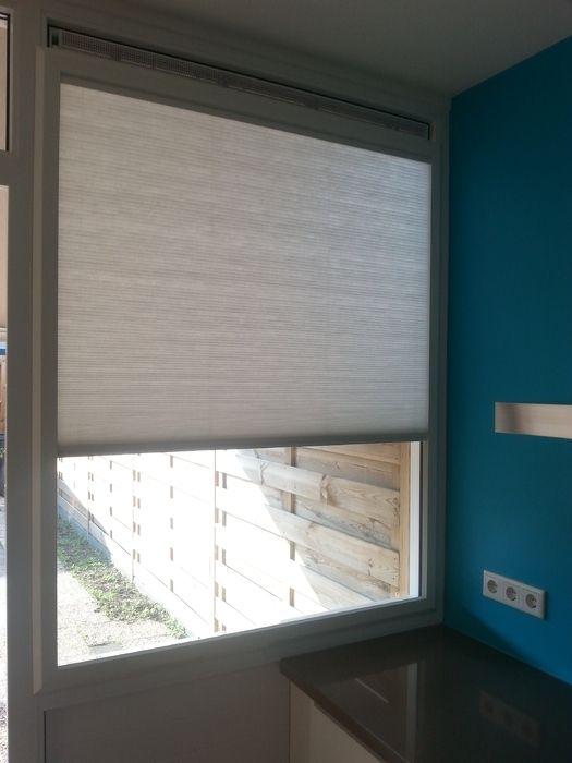 zowel horizontaal als verticaal pliss gordijnen vouwgordijnen en elektrische gordijnen wij werken met ons huismerk a5 sundrape raamdecoraties